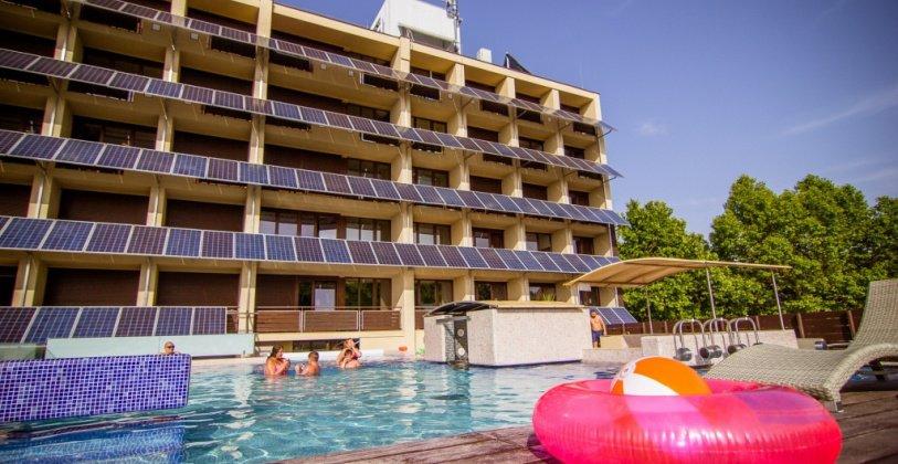 Balaton Hotel élménymedence